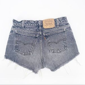 VINTAGE LEVI'S 517 Relaxed High Rise Cut Off, 30
